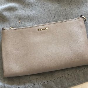 Coach wallet with zipper